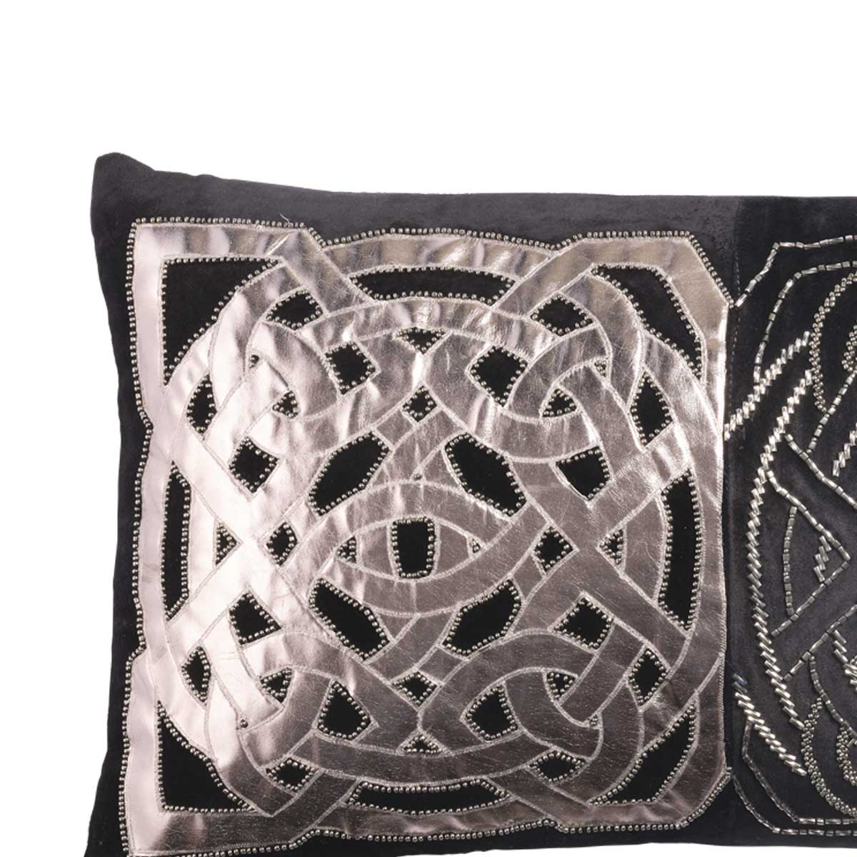 ILLIAD VELVET CUSHION COVER